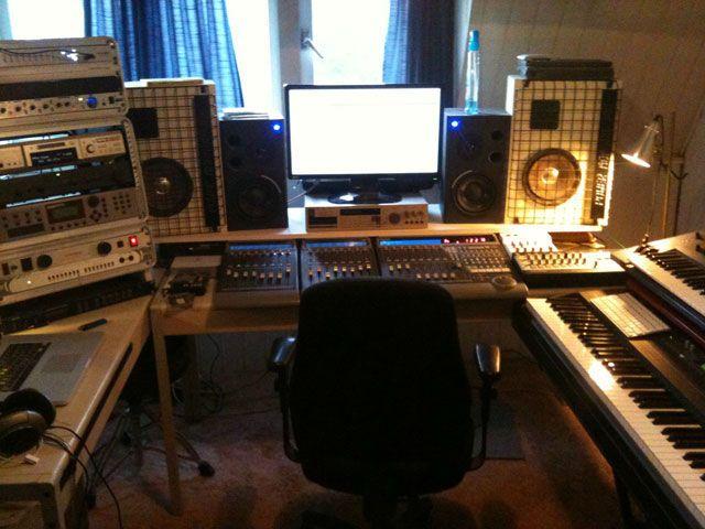 Фото домашних студий звукозаписи с профессиональной аппаратурой (17)
