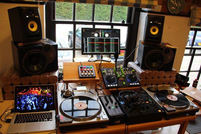 Фото домашних студий звукозаписи с профессиональной аппаратурой (16)
