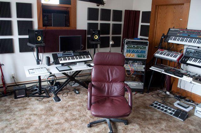 Фото домашних студий звукозаписи с профессиональной аппаратурой (3)