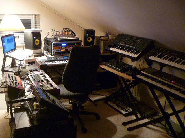 Фото домашних студий звукозаписи с профессиональной аппаратурой (2)