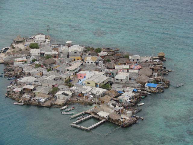 Пять самых густонаселенных островов мира (2)