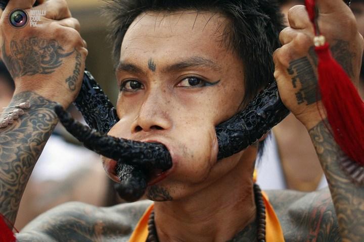 Вегетарианский фестиваль в Тайланде (2)