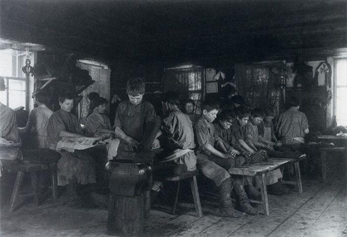 Чем занимались крестьяне начала прошлого столетия, какую работу они выполняли (18)