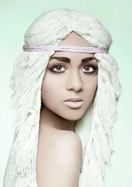 Женские вязаные шапочки парики. Вязаная шапка в виде парика (4)