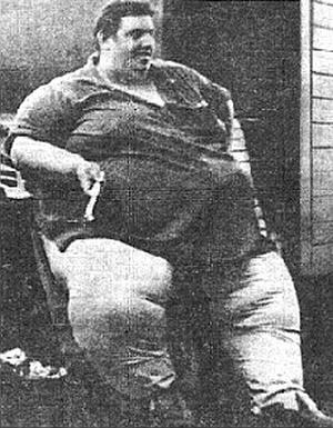 Самый тяжелый человек в мире Джон Брауэр Миннок
