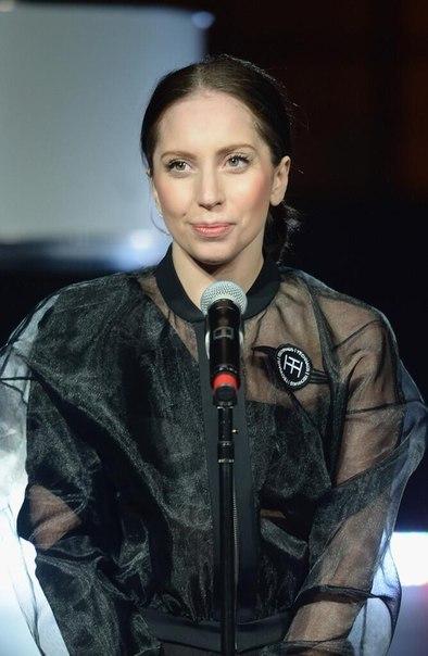 Lady Gaga без грима