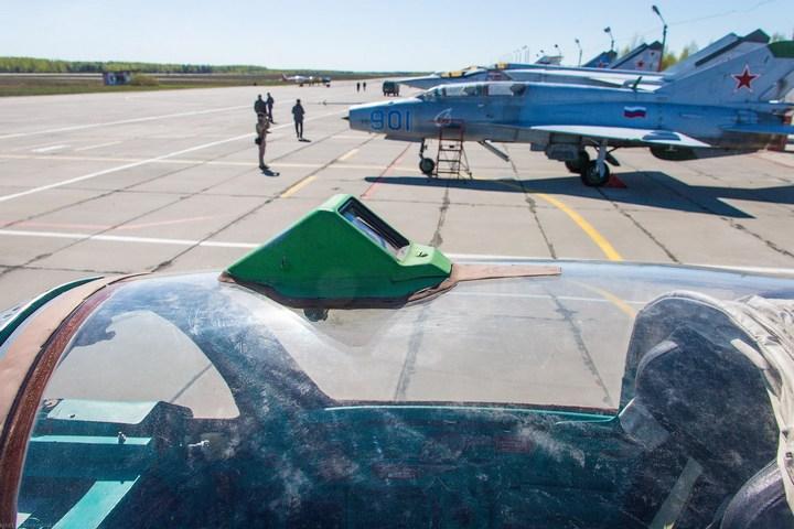 МиГ-21 в фотографиях, изнутри и снаружи (14)