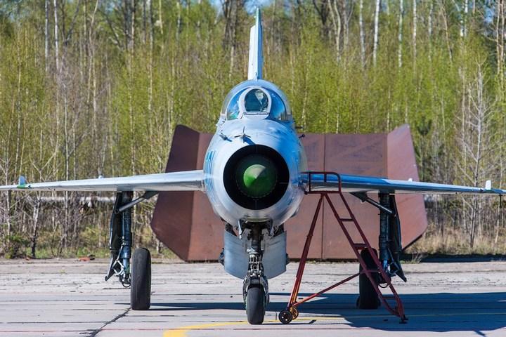 МиГ-21 в фотографиях, изнутри и снаружи (24)