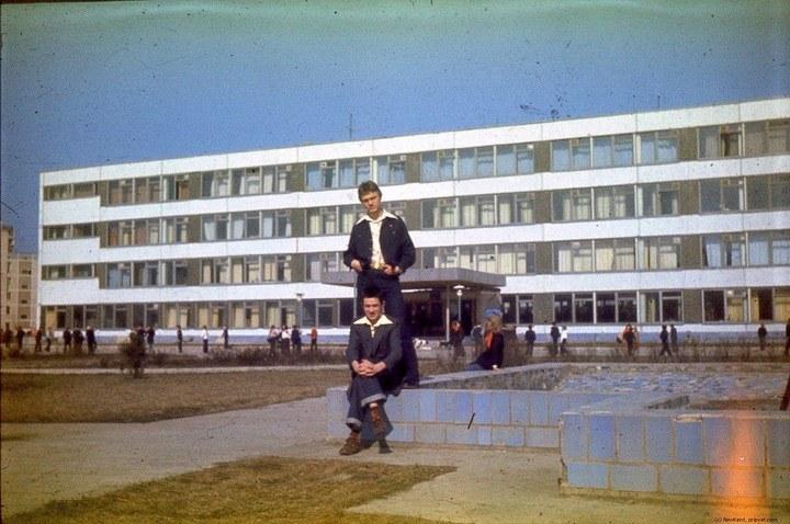 Школы в Припяти, интересное фото (2)