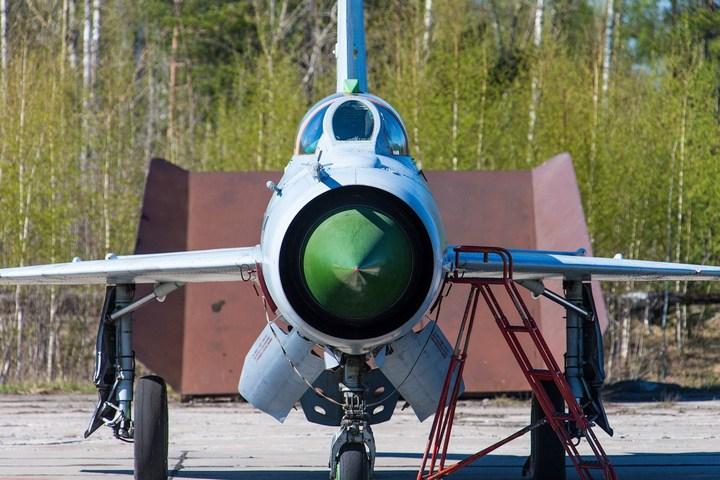 МиГ-21 в фотографиях, изнутри и снаружи (25)