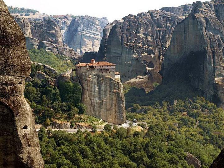 Старые монастыри в Греции Метеоры (12)