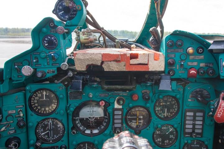 МиГ-21 в фотографиях, изнутри и снаружи (39)