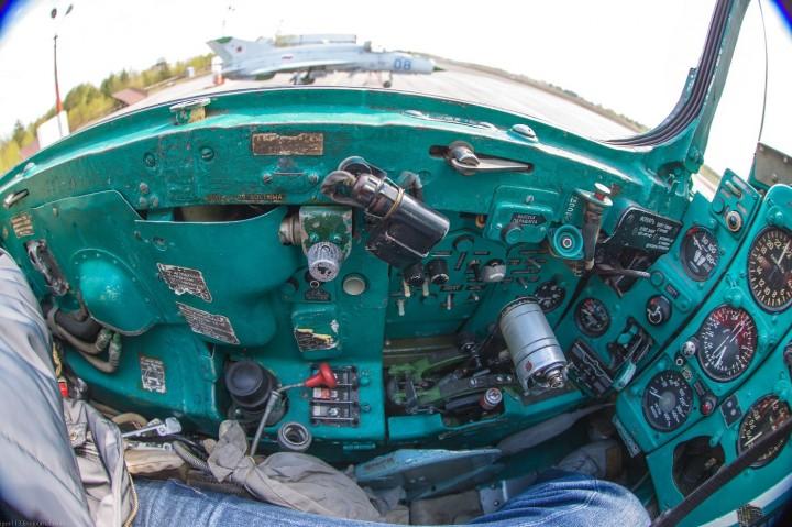 МиГ-21 в фотографиях, изнутри и снаружи (48)