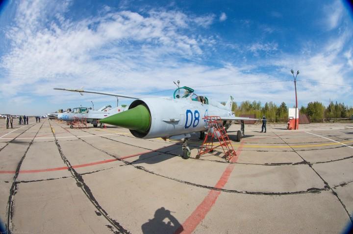 МиГ-21 в фотографиях, изнутри и снаружи (55)