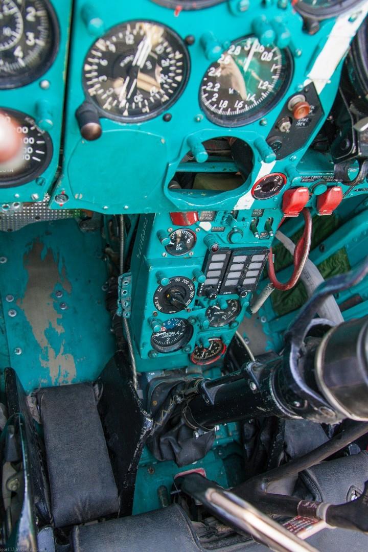 МиГ-21 в фотографиях, изнутри и снаружи (62)
