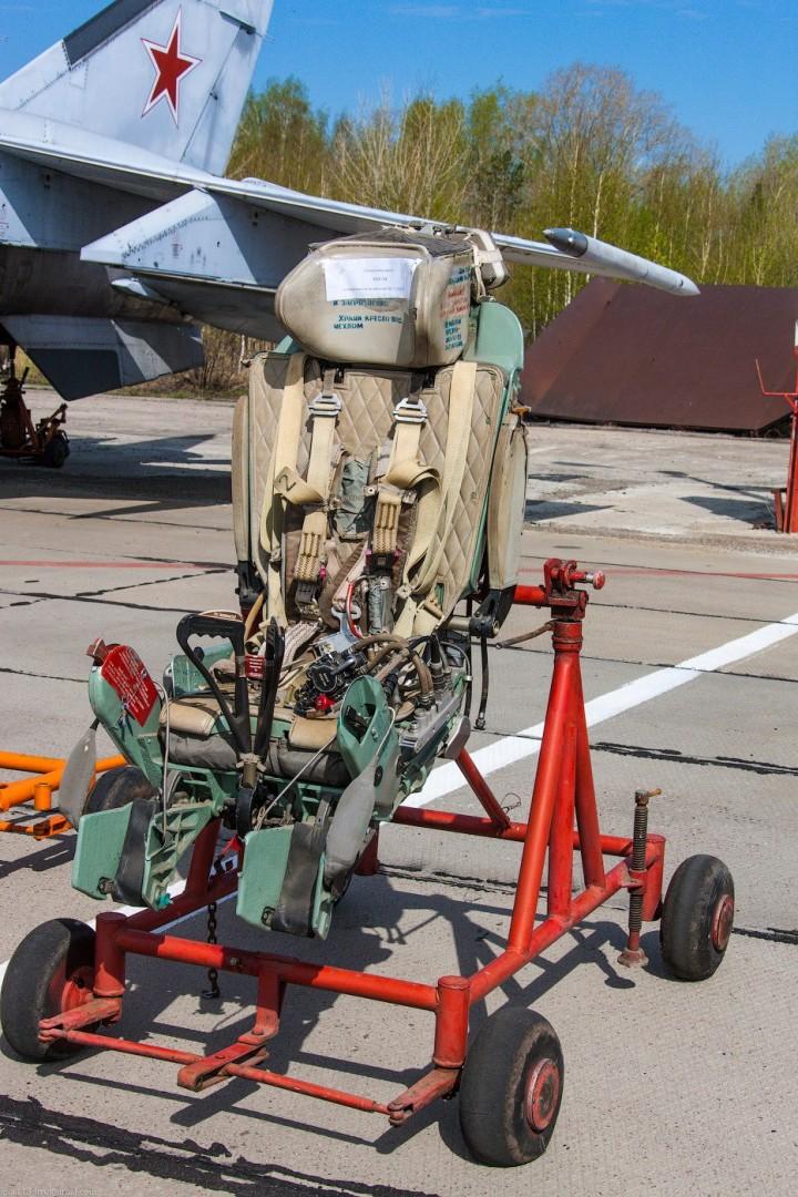 МиГ-21 в фотографиях, изнутри и снаружи (66)