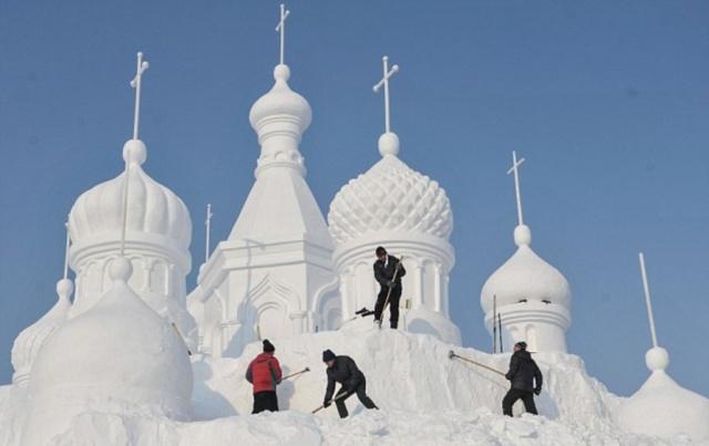 Удивительные снежные скульптуры (6)