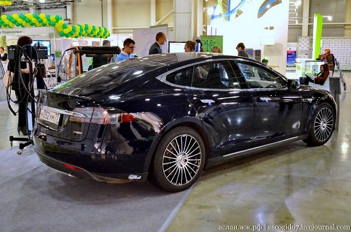 Как устроен электромобиль Tesla Model S (3)