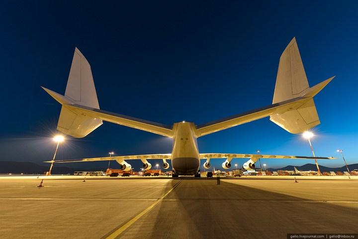 Ан-225 «Мрия» - самый большой самолет в мире (9)