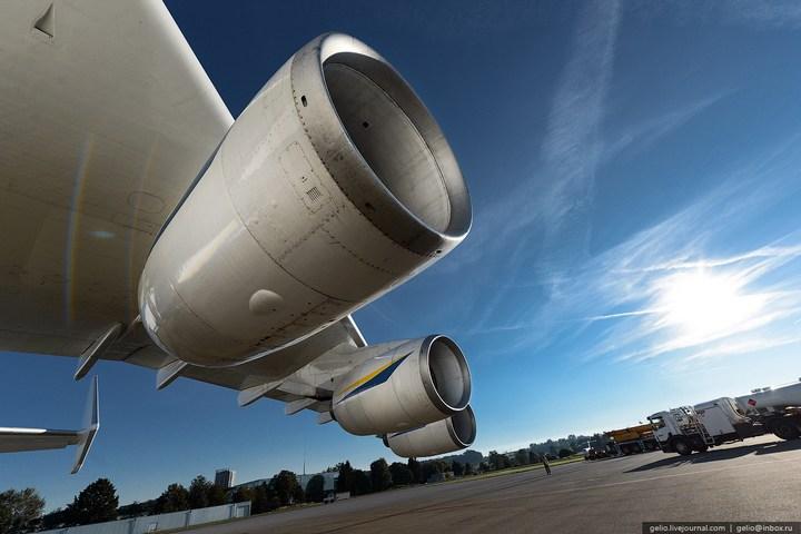 Ан-225 «Мрия» - самый большой самолет в мире (11)