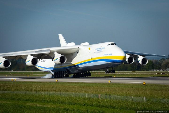 Ан-225 «Мрия» - самый большой самолет в мире (74)