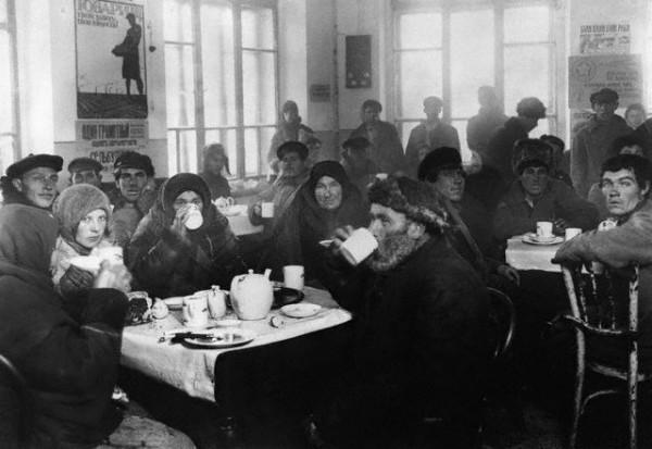 Советские напитки. Что, где и как пили в СССР (1)