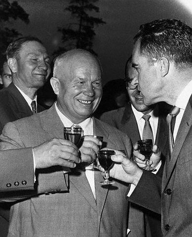 Советские напитки. Что, где и как пили в СССР (4)