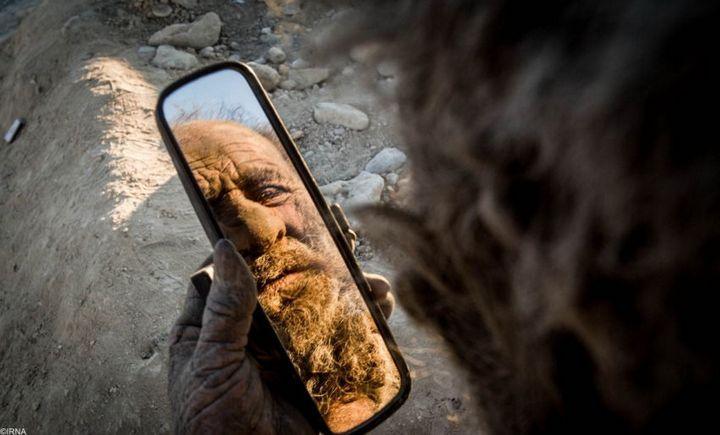 Как выглядит человек, который не мылся несколько лет (3)