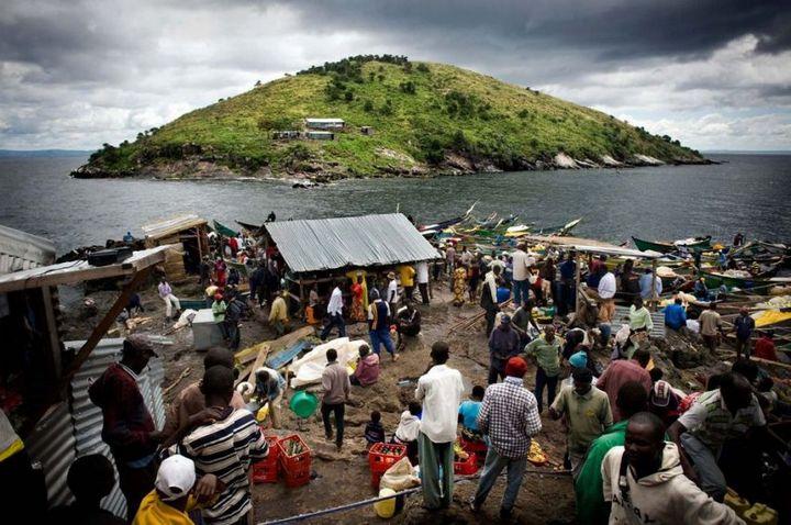 Самое густонаселенное место в мире (7)