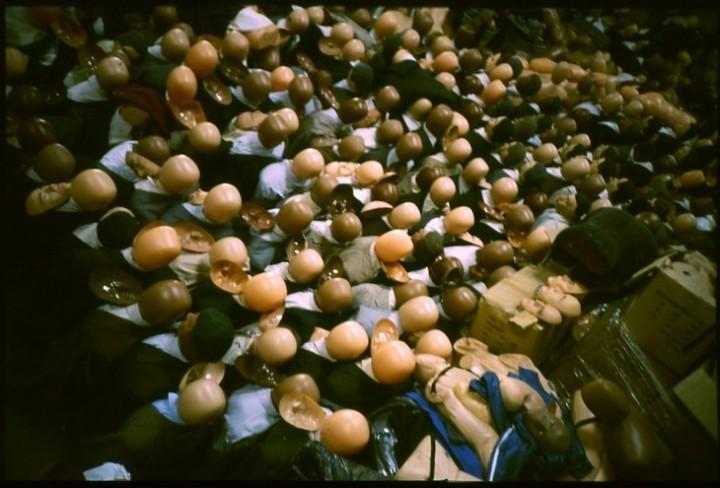 Массовка из кукл. Куклы статисты в кино (10)