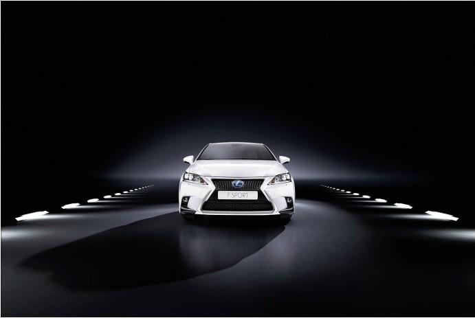 Новый Lexus CT 200h (10)