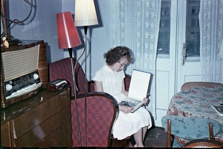 Старая фотосессия в советской коммуналке (3)