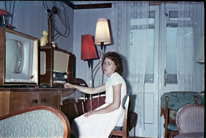 Старая фотосессия в советской коммуналке (1)