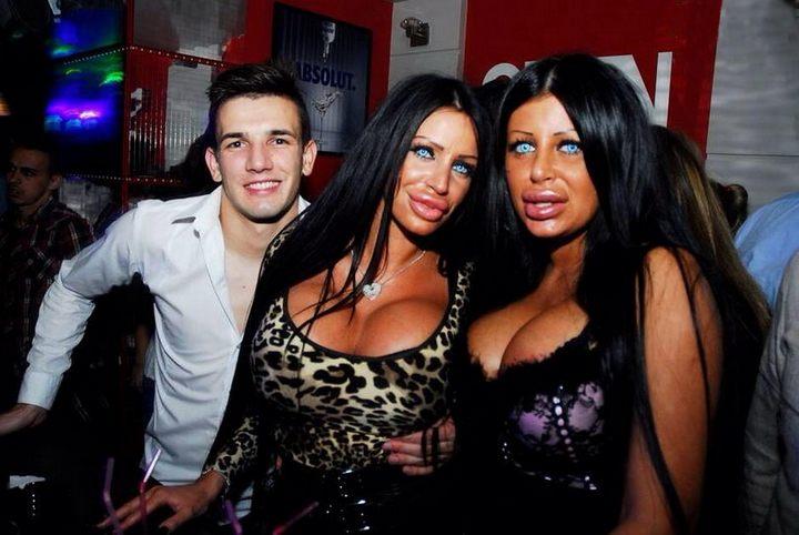 Прикольные девушки с ботексными губами