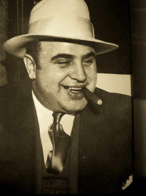 Особняк гангстера Аль Капоне выставлен на продажу (9)