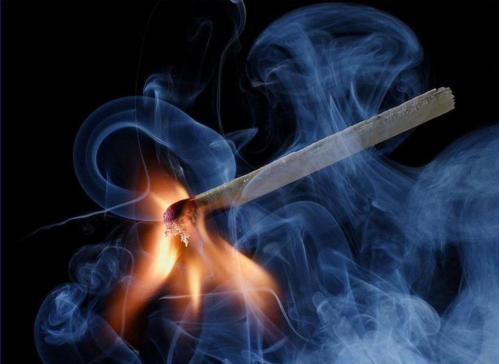 Красивые макрофотографии горящей спички (6)