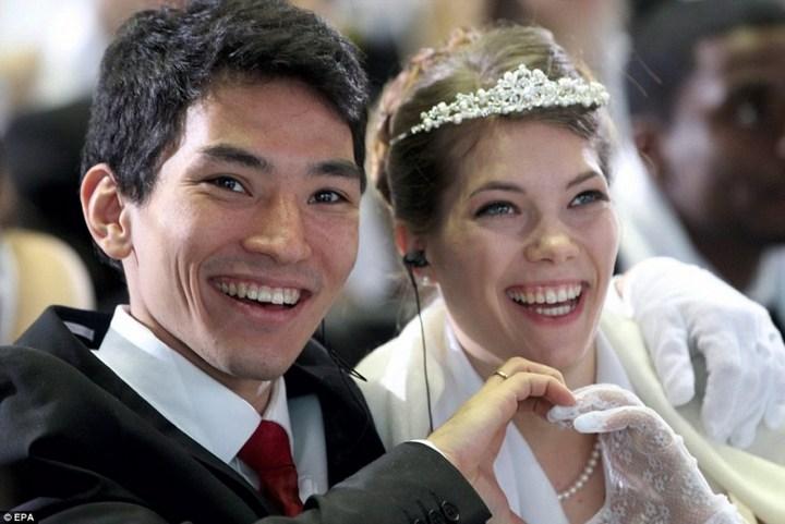 Самая массовая церемония бракосочетания в Южной Корее (7)