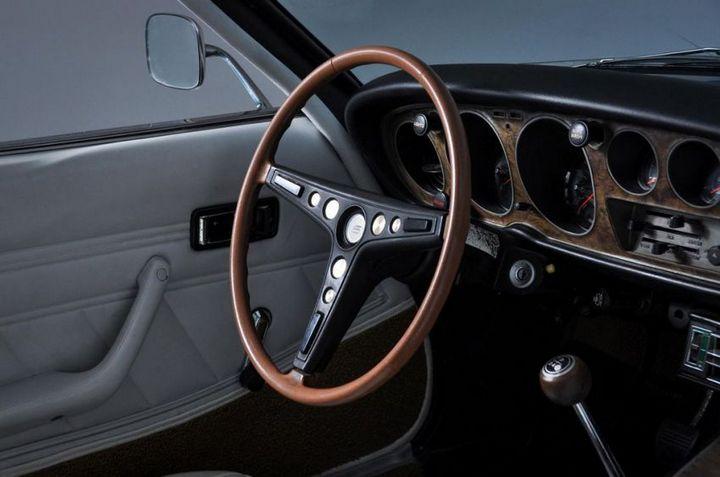 Продажа редкой Toyota Celica ST 1972 года (19)