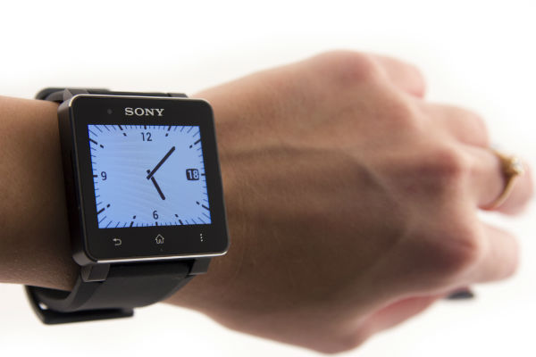Умные часы Sony Smartwatch 2 (8)