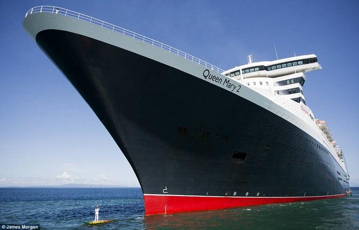 Удивительная фотосессия капитана круизного лайнера Queen Mary-2 (2)