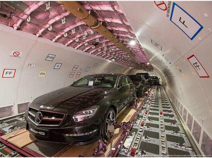 Доставка роскошных автомобилей арабских шейхов (11)
