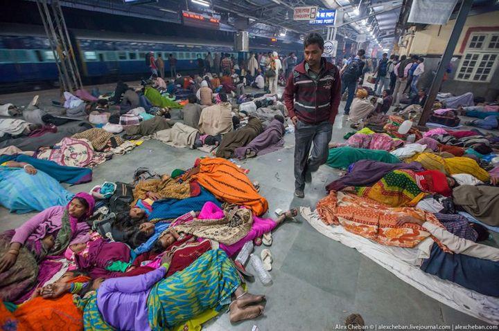 В общем вагоне индийского поезда (2)