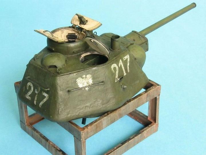 Реалистичная модель танка T-34/76 (4)