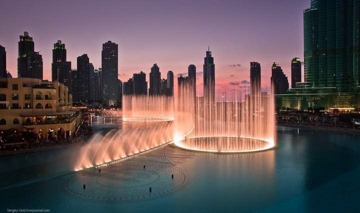 Поющие фонтаны в Дубаи (3)