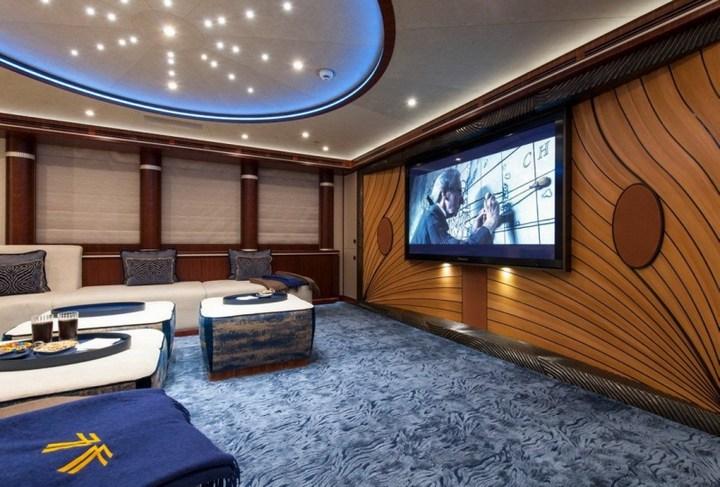 Шикарная яхта за 1.300.000$ в неделю (26)