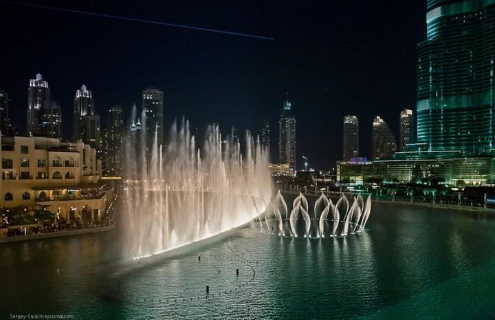 Поющие фонтаны в Дубаи (6)