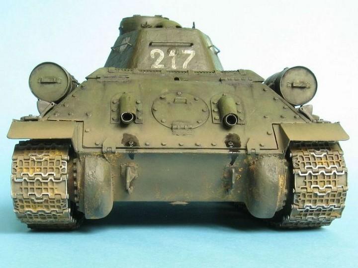 Реалистичная модель танка T-34/76 (8)