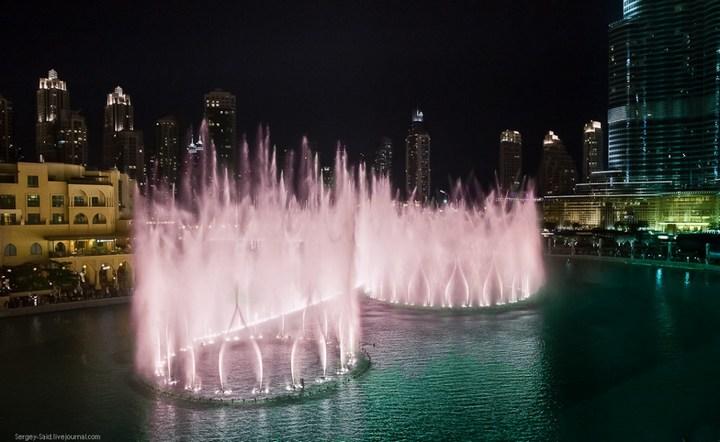 Поющие фонтаны в Дубаи (7)