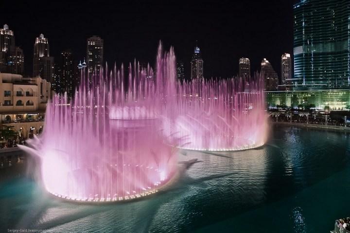 Поющие фонтаны в Дубаи (14)