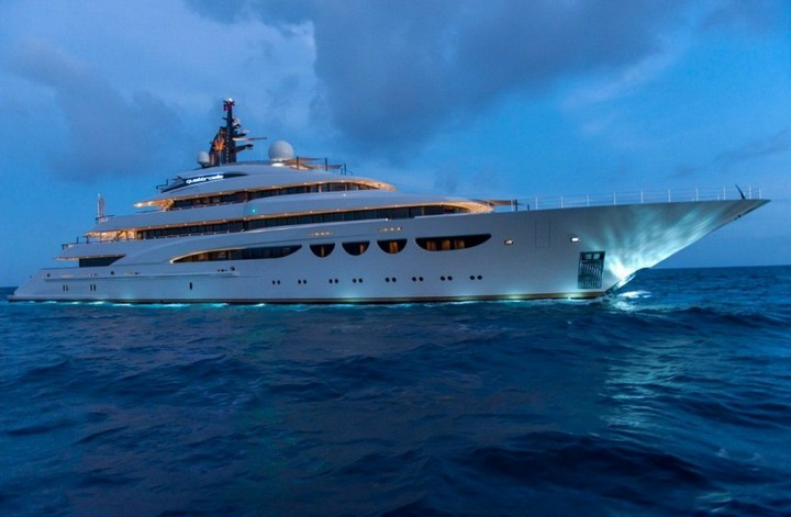 Шикарная яхта за 1.300.000$ в неделю (13)